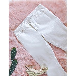 3/$20 White Michael Kors Cropped Jeans Size 6